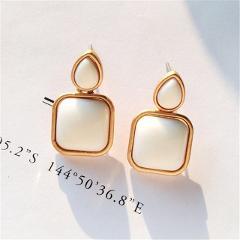 Metal Classic Trendy Red square stud earrings for women temperament geometric Fashion stud earrings Women jewelry wholesale