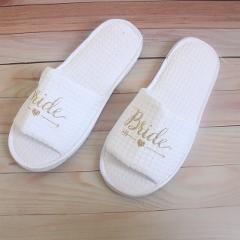 New Bridal Slippers Women Hotel Shoes Wedding Slippers Bridesmaid Slippers for Wedding Party Favors Gifts Soft Home Shoes
