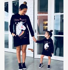 Autumn Winter Family Matching Outfits Mother Daughter Dress Black Cartoon Hoodies Outwear for Mommy Girl Animal Print Sweatshirt