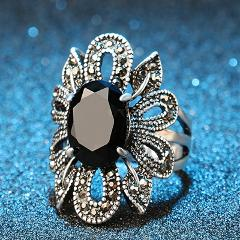 Fashion Retro Crystal Zircon Rings For Women European&American Vintage Flower Ladies Ring Jewelry Romantic Valentines Day Gifts