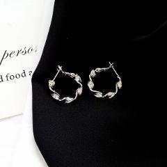 Simple fashion geometry fine round earrings popular women temperament earrings wholesale