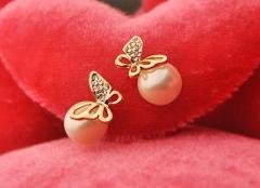 New Design Elegant Sliver Plated Blue Opal Crystal Earrings Female Cute Rhinestone Butterfly Stud Earrings For Women Girl