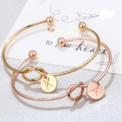 2020 Letter Bracelet Jewelry for Party Charm Metal Bracelet Gift for Friend Women's Heart Pendant Bracelets for Women