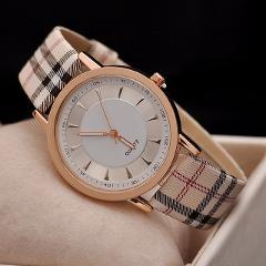 Hot Sale Top Luxury Brand women Leather Strap Watch Casual Quartz Watch Gold Plaid Strip Lady Dress wristwatch Relogio Feminino