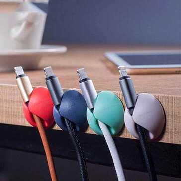 מחזיק כבלים הנדבק לכל משטח שתבחרו, לסדר בשולחן העבודה