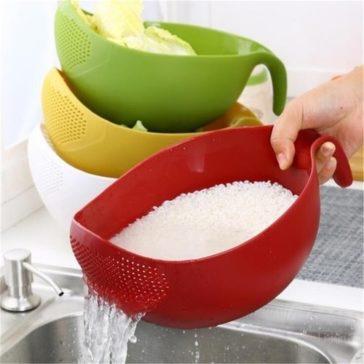 קערה מסננת מים 2 ב-1 לשטיפת אורז, פירות, ירקות ועוד ב-41% הנחה